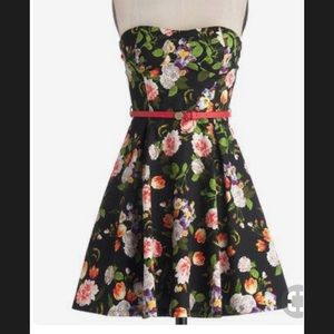 Floral Strapless Dress from ModCloth.com, Sz Small